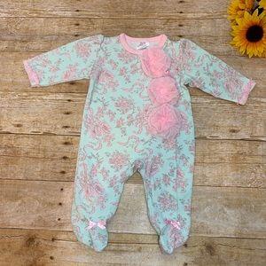 Baby onesie sleeper by Baby Essentials. 3 months